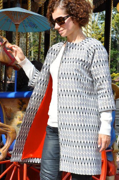 Nul besoin de présenter le manteau Chloé de la Maison Victor ! Voici ma  version réalisée dans un sublime jacquard de chez Pretty Mercerie. 2f3b8823e24